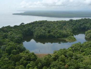Vue aérienne du Lac Rorota